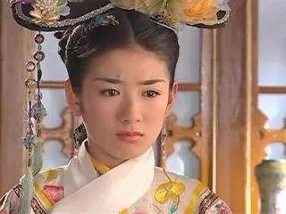 《还珠格格》中扮演过小燕子,她们分别是黄毅清的前妻黄奕,和李晟.