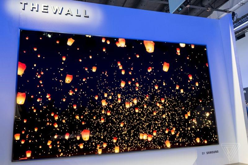 三星模块化MicroLED电视亮相CES,146英寸!