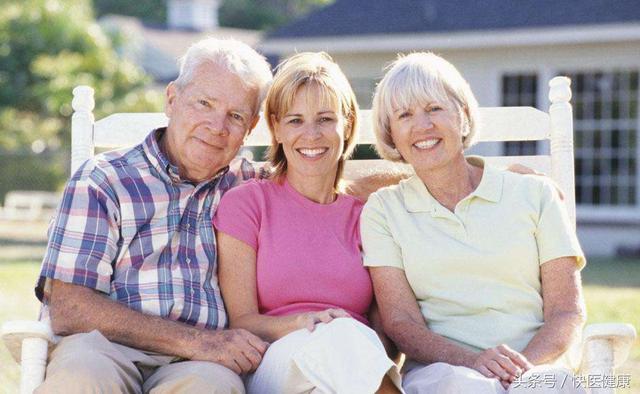 人的寿命会遗传父母吗?科学家的一项研究发现了这个秘密