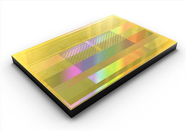 三星投产2.4Gbps最快HBM2存储芯片:8K显卡爽了