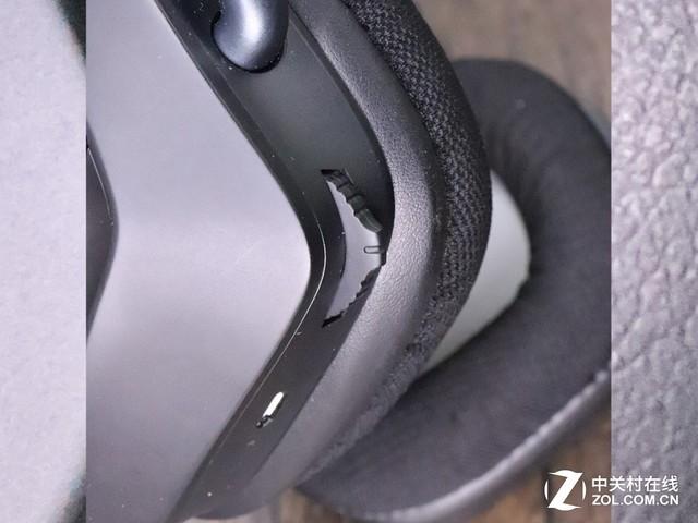 总结: 海盗船耳机架在不打游戏的时候就用耳机架外接3.5mm耳机看电影,或者外接音箱,还能扩展高速USB3.1接口。499的耳机架,拥有高水准的做工,酷炫的光效,音频的转换以及USB的扩展,这么多功能定价也算合理。耳机的佩戴确实很舒服,耳机售价749,综合体验来说是千元内非常有竞争力的一款产品。 购买建议:如果你有一整套海盗船的外设,那这套耳机+耳机架组合肯定是最好的先择。电脑上仅需安装一个软件即可控制所有设备,整体体验非常棒。对于不差钱的用户最好入手一整套,如果是平时休闲娱乐,未来几乎也没有升级的必要了