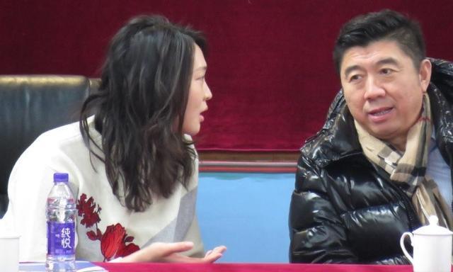 惠若琪与排管中心主任相谈甚欢,或步入仕途成中国女排领队候选人