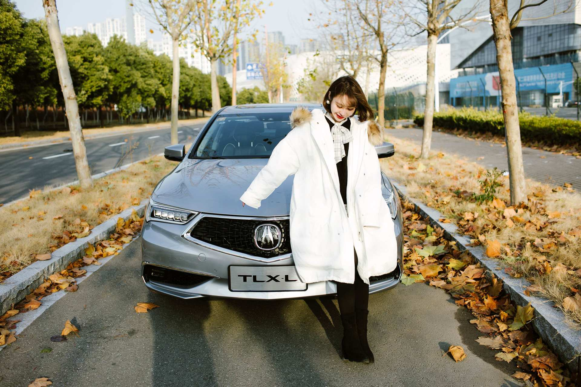 首款国产化轿车,轴距长至两米九,约会讴歌T