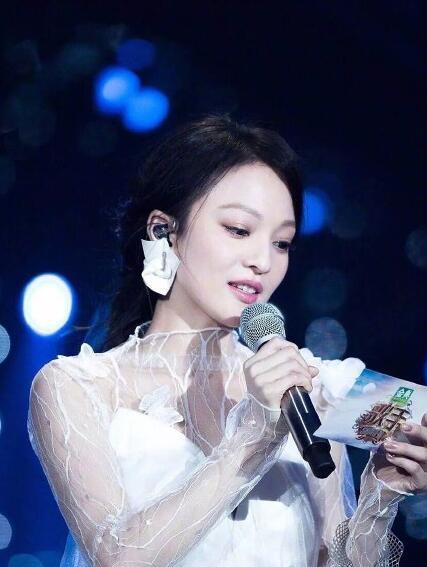 Gai的眼妆,张韶涵的高光, 歌手 怕是一个美妆节目吧