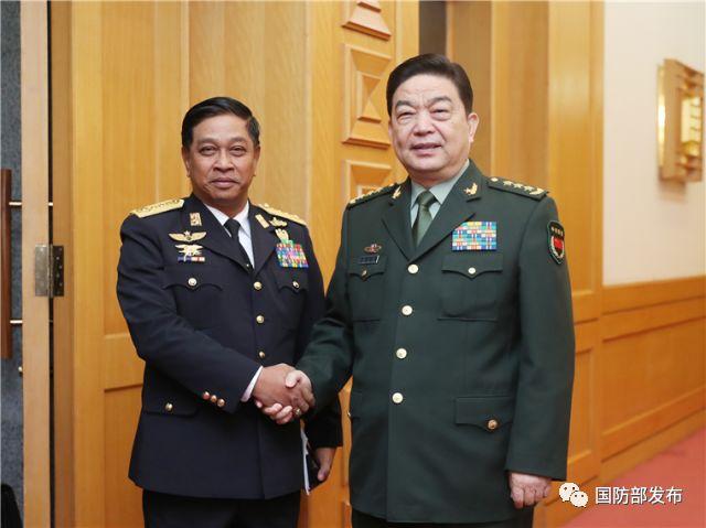 常万全会见缅甸海军司令
