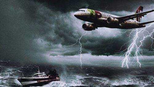 神秘百慕大三角, 消失的船和飞机, 他们可能去了另一个世界