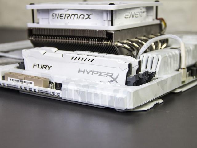 换工位后的升级 亲手打造全套白色开放式主机