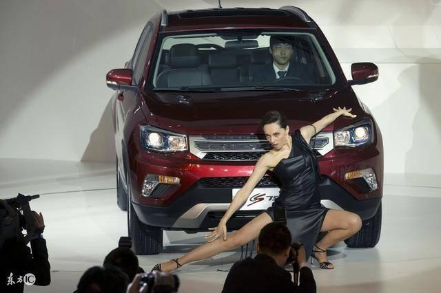 长安新款CS75来了,是SUV车型中的精典,内饰跟奥迪看齐!