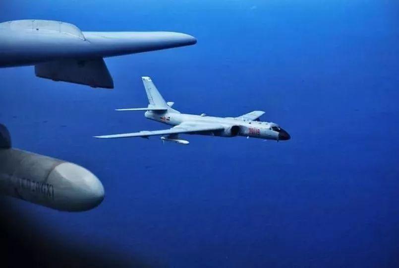 中国海军为何拒用东风10巡航导弹:因太粗了塞不进去