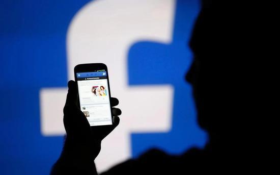 调整信息流致Facebook股价大跌4.5% CEO身家蒸发33亿