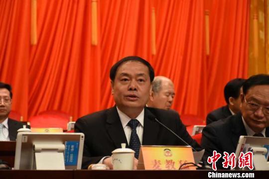 惠州市市长麦教猛发言 康孝娟 摄