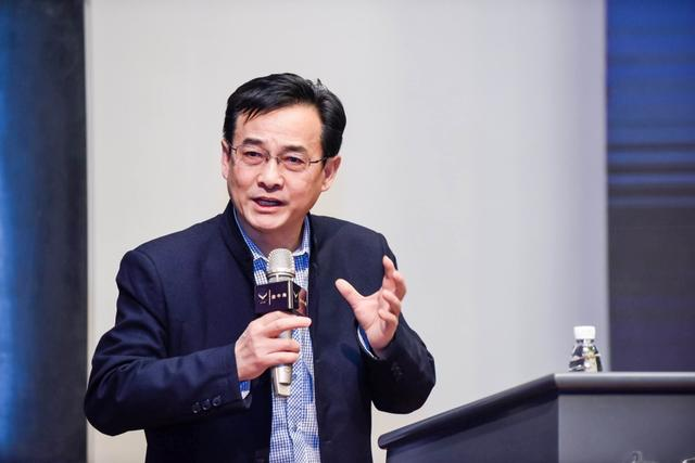 """营销专家刘春雄""""金牛角""""点评:互联网生态里4P皆传播"""