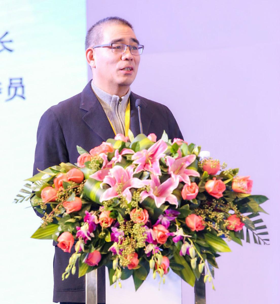王涌彬:把改善人居环境作为乡村振兴的抓手