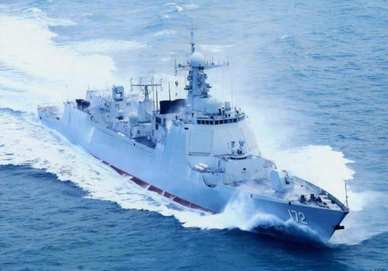 军事资讯_中国海军驱逐舰命名多有据可循,就属这艘052D最意外_凤凰军事