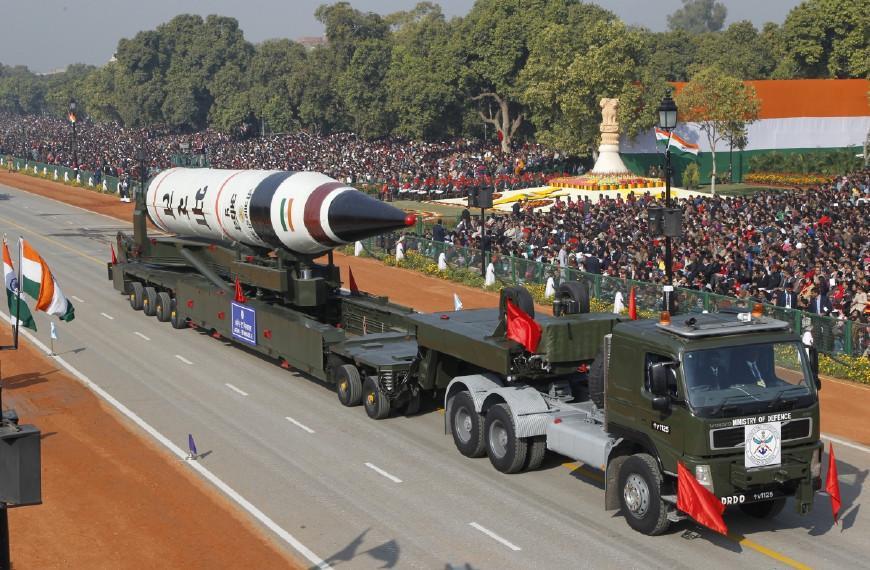 """核武器--烈火-5导弹""""战备试射"""",印媒:射程覆盖中国最北端"""