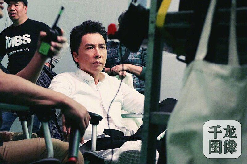 甄子丹新戏工作照曝光不忘初衷继续挑战
