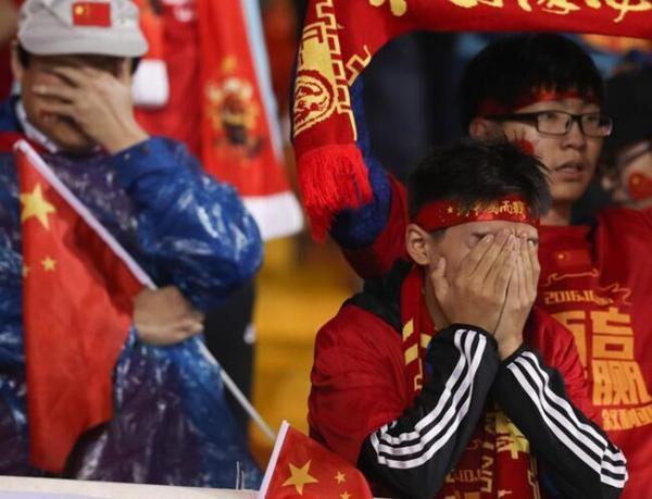 中国球迷你惹不起!亚足联不改制国足就不陪你玩