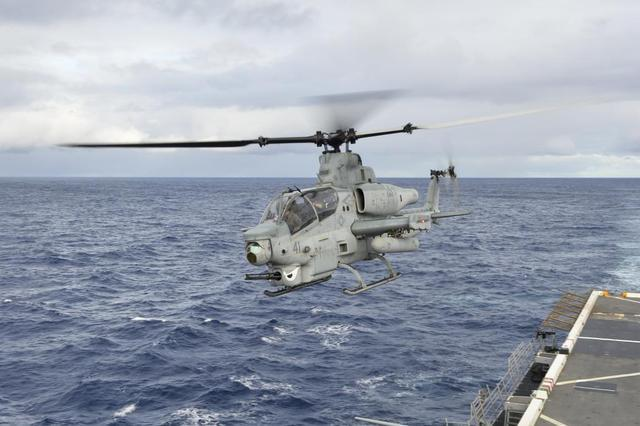 战斗机--武直10想上两栖攻击舰 这个大问题不解决将很难办
