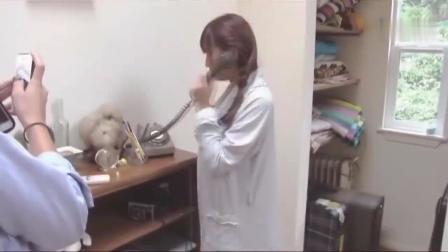 出生于99年的偶像兼歌手浅川梨奈被日本杂志评为最性感美女