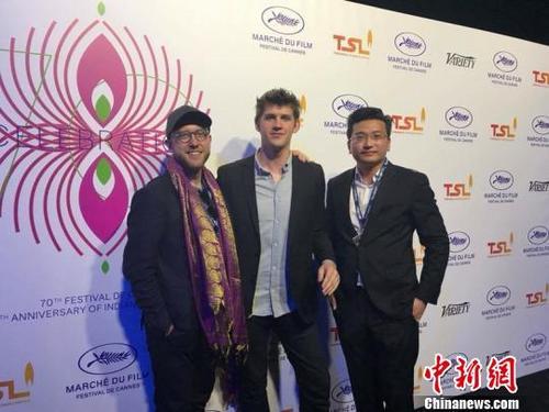 中国侨网高远在国外参加电影节活动。 受访者提供 摄
