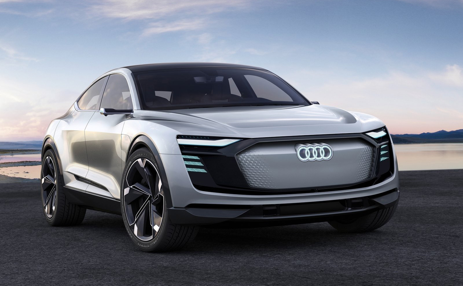 Audi-e-tron_Sportback_Concept-2017-1600-01.jpg