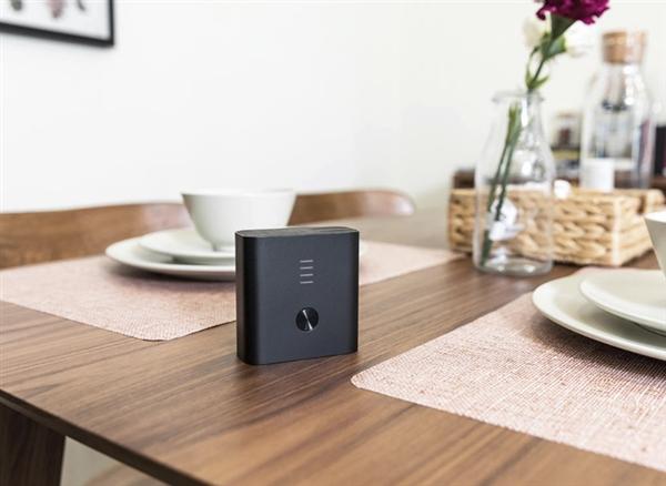 109元!紫米智能充电器+充电宝上架:没电也能充手机