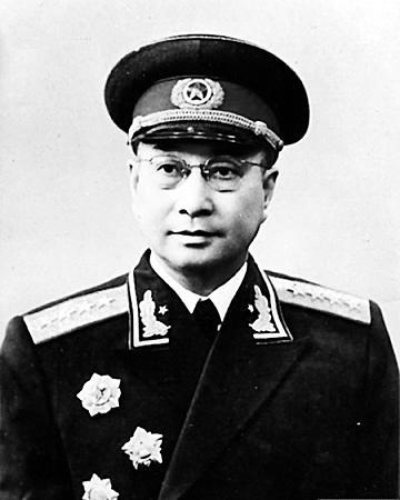 """陈毅任何职时曾神秘""""失踪"""" 吓坏了西方情报机构"""