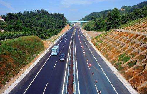 中国首条超级高速公路或不限速,已开工,实现自由收费,你期待吗