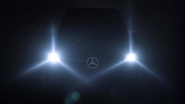 奔驰Sprinter预告图发布 确认2月6日亮相