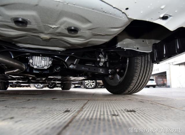 开出去都说你懂车,25万以内唯一水平对置车型,斯巴鲁力狮