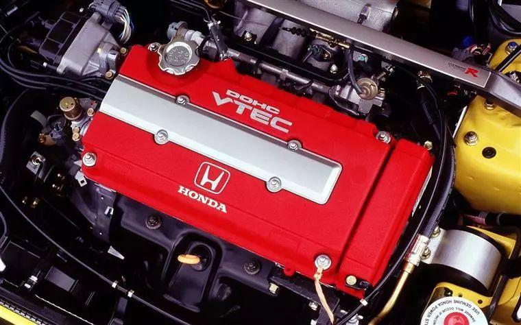 六缸机最鼎盛涡轮开始普及……你知道20年前的汽车圈都流行什么?