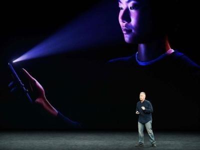 方便情侣查岗 iOS 11.3可添加多个面容?