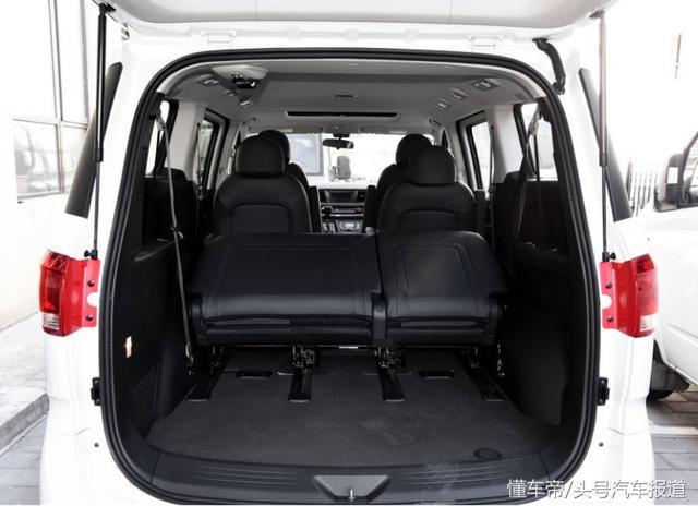 12月份卖了3000台,春节返乡首选MPV,乘客说比GL8舒服多了