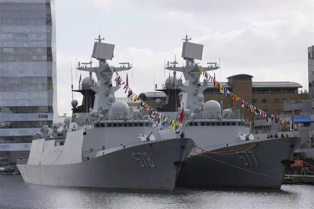 能买10架歼十战斗机: 《红海行动》曝光中国054A护卫舰真实造价!