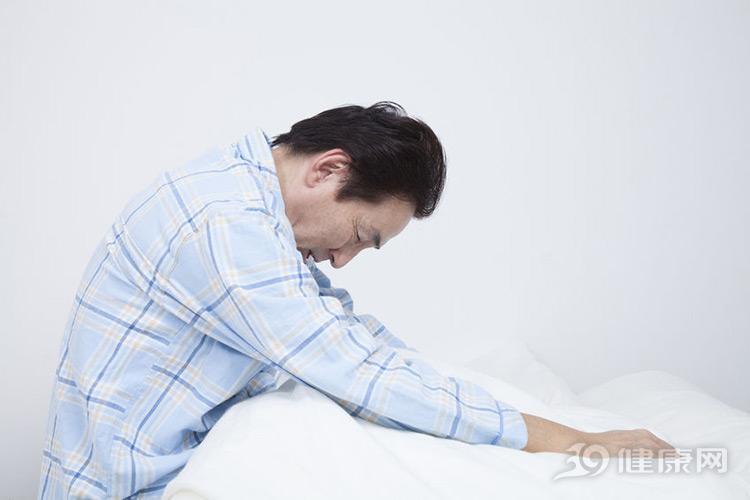 男人近期出现4个症状,很遗憾告知:你到更年期了!
