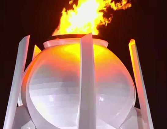 平昌冬奥会开幕式金妍儿点火,之前朝韩运动员携手感动世界