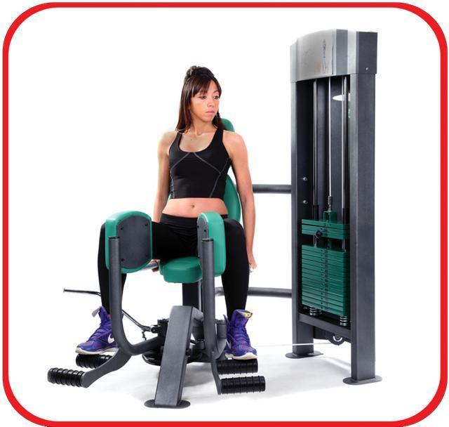 健身房中的固定器械和自由重量训练,哪个更适