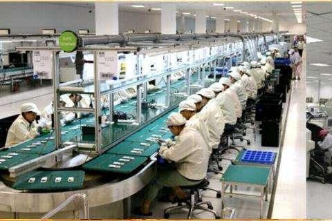 富士康旗下企业裁员1万人:被机器人取代