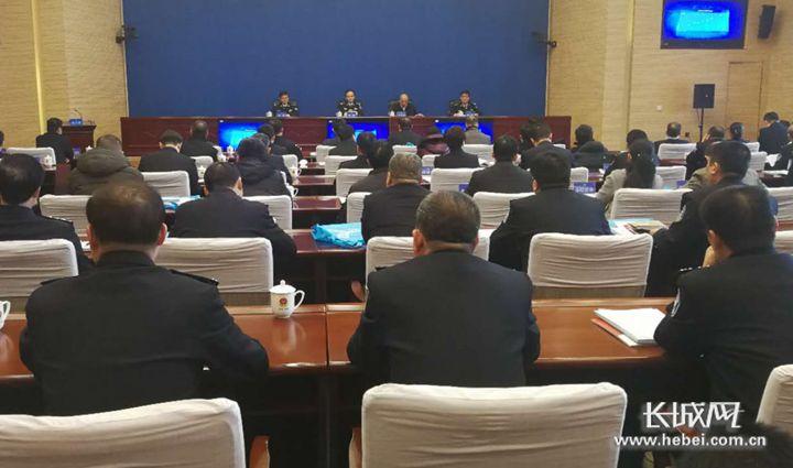 河北召开城市道路交通综合治理会议