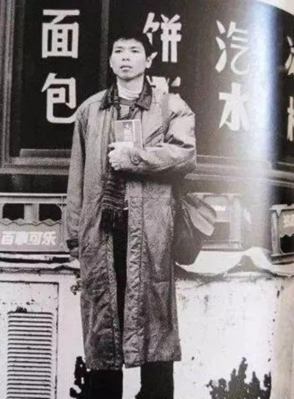 """冯小刚是如何一步步从""""冯裤子""""变成""""六爷"""""""