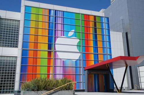 新iPhone即将登场 苹果发布现场图集