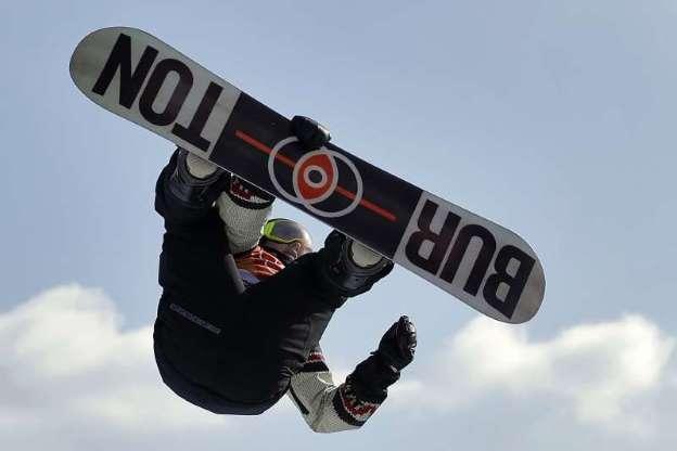 11个月前差点丧命仍坚持参赛 单板滑雪选手平昌摘铜