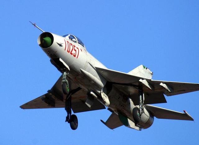 歼20横空出世的意义:中国战机彻底摆脱俄罗斯血统