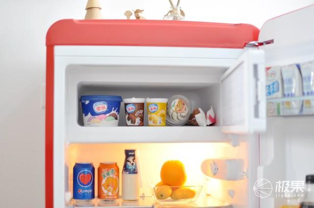 低能耗迷你型冰箱,单身贵族高品质生活必备—小吉复古单门迷你小冰箱