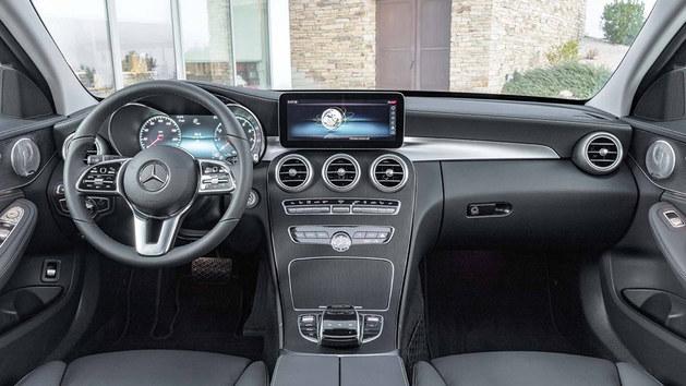 奔驰新C级官图发布 将于日内瓦车展首发