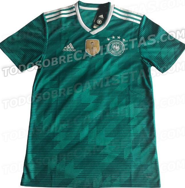传统绿!德国队世界杯客场球衣谍照曝光