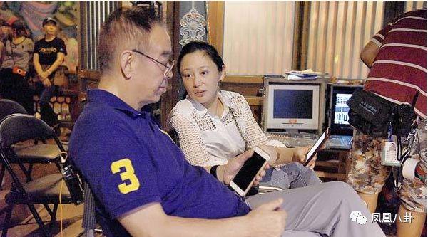 Y阅:20年来提醒妻子穿袜子 有一种爱情叫做陈凯歌陈红