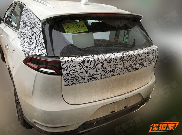 比亚迪新唐燃油版谍照 将北京车展亮相