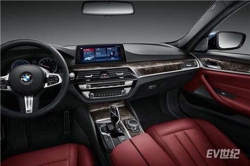 08.2018款全新BMW 525Li M运动套装_副本.jpg