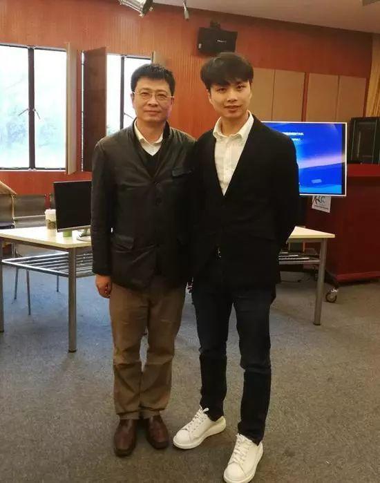 上海体育学院电竞考生考官竟然是他